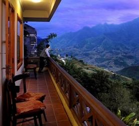 Sapa easy Trekking 2 Days - 3 Nights (Overnight in Hotel)